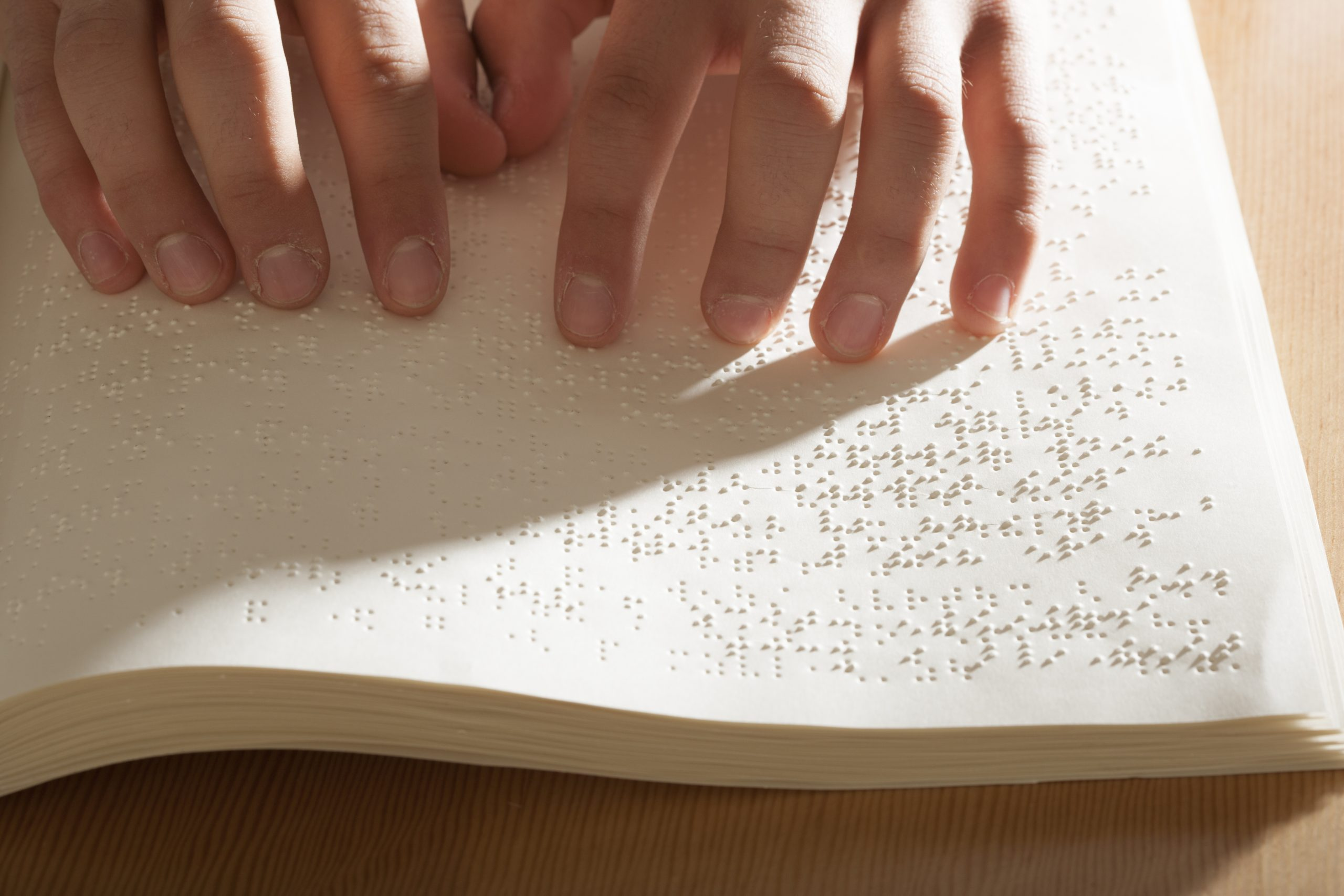 Reading braille
